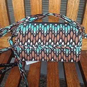 NWT Vera Bradley all in one crossbody for iPhone 6